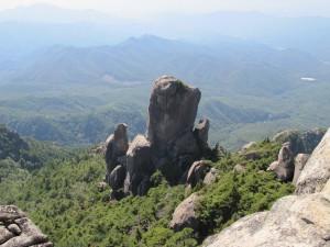 大ヤスリ岩2