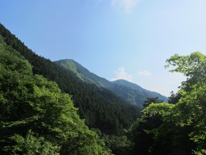 堺橋からの御前山