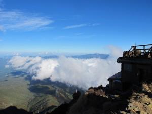 赤岳頂上小屋1